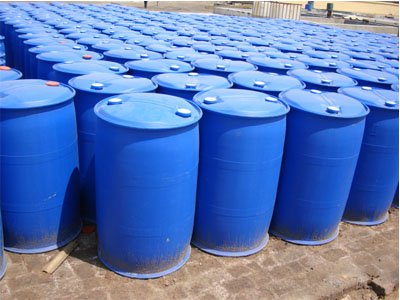Tăng trắng nội bộ Tinopal UP dạng lỏng, 200kg/thùng