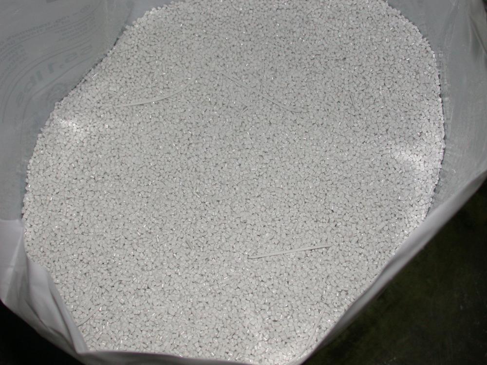 Hạt nhựa PC Makrolon 2407, 2807 (Bayer) trắng điện